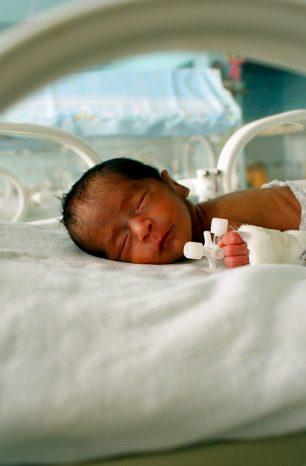 Kisahku : Pengalaman melahirkan bayi pramatang